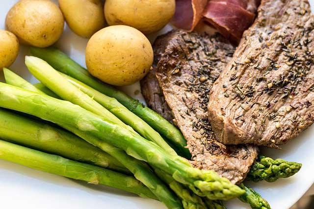 6-beste-Nahrungsmittel-für-eine-Hypothyreose-Diät