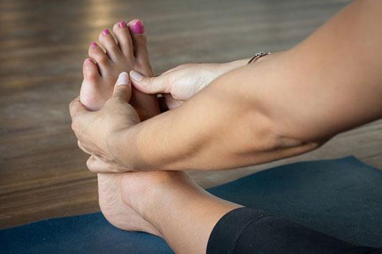 8 Gründe, warum Ihr Fußrücken wehtut