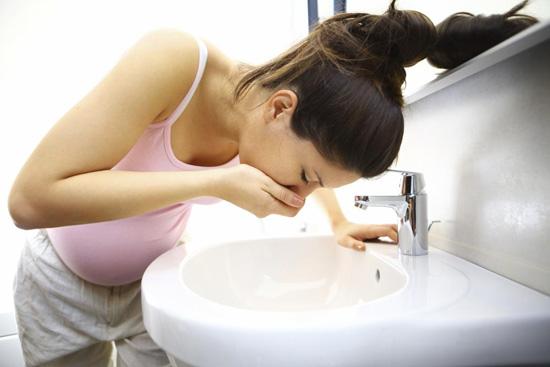 10 Tipps zum Umgang mit der Schwangerschaftsübelkeit