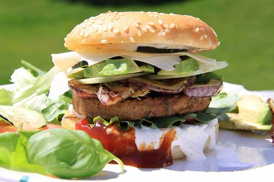 Was ist Junk Food und warum ist es ungesund (Top 4 der schlechtesten ungesundes Essen Liste)