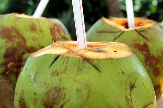 Top 10 gesundheitliche Vorteile von Kokosnusswasser