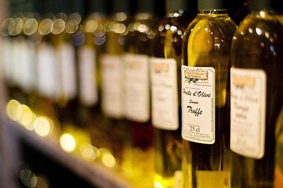 Top 7 gesundheitliche Vorteile von Olivenöl (und Nebenwirkungen!)