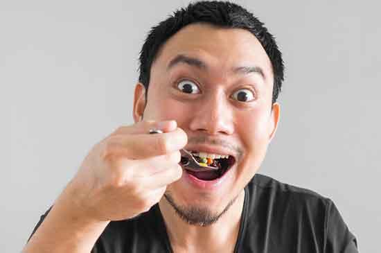 Warum langsam gut essen und schnell schlecht für die Gesundheit
