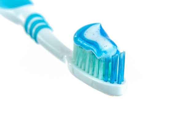 fluoridfreie Zahnpasta, (gesund oder ungesund)