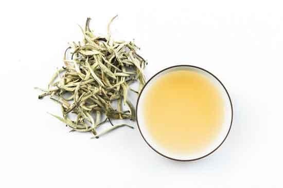 was ist weißer Tee und 11 gesunde Wirkung von ihm