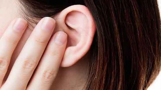 Eiterdrainage im Ohr Ursachen und Behandlung