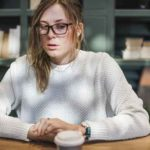 Schüttelfrost ohne Fieber: 8 Ursachen und Behandlung