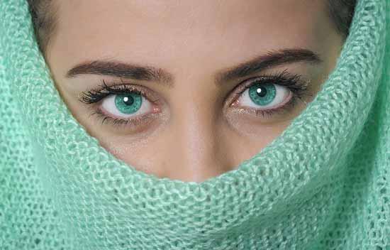asymmetrisches Gesicht 10 Ursachen und Behandlung