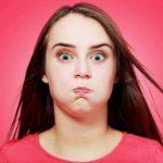 geschwollenes Gesicht: 6 Ursachen und Behandlung