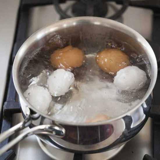 hartgekochtes Ei ist es wirklich gesund