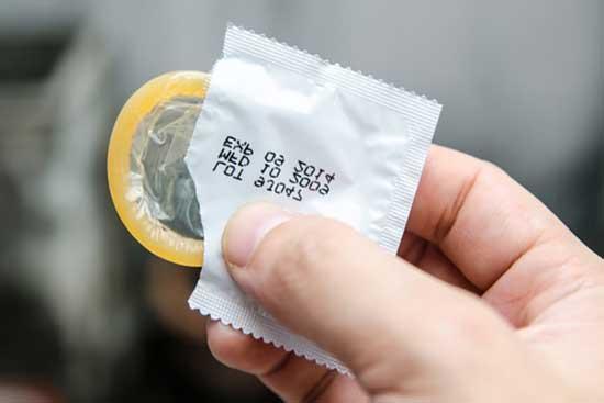 schwanger trotz Kondom, Warum ᐅ (3 Gründe + nur 82%)