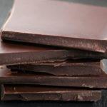 Hat Schokolade Koffein? Weiß, dunkel und Milch