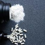 Kreatin - Wie es funktioniert, Dosierung, Sicherheit und Nebenwirkungen