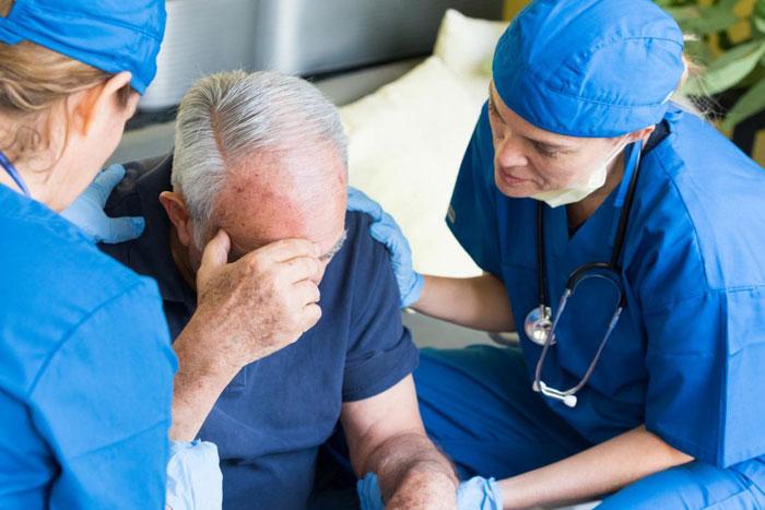 Was ist ein zerebrovaskulärer Unfall Ist es ein Schlaganfall