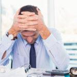 11 Anzeichen und Symptome von zu viel Stress