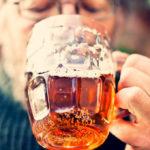 Alkoholkonsum und 8 weitere Risikofaktoren für frühzeitige Demenz identifiziert