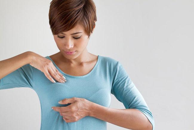 Brustselbstuntersuchung Vorbereitung, Verfahren und Risiken