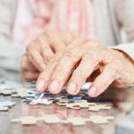 Frontotemporale Demenz: Symptome, Behandlungen und Ursachen