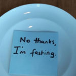 Ich habe versucht, extremes Fasten durch einmal tägliches Essen zu erreichen - hier ist, was passiert.