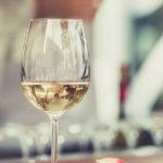 Können Sie Alkohol und Paläo-Diät mischen?