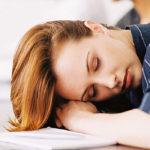 Mehr als müde: 3 Möglichkeiten, zu erklären, was chronische Müdigkeit wirklich wie folgt ist