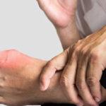 Ursachen für starke Schmerzen bei Großzehe: Nachts, beim Spazierengehen und mehr
