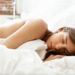 Vorteile von Schlafen Nackt: Warum es der Schlüssel zu einem guten Nachtschlaf sein kann