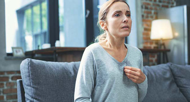 Wie man mit dem Schwitzen aufhört 9 Wege